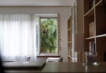 Regały niezbędnym elementem wyposażenia każdego mieszkania